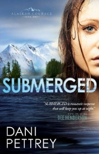 Romantic suspense novel Submerged is today's highest-rated free Kindle book.